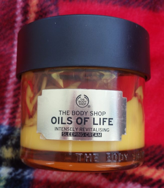 the body shop oils of life intensely revitalising sleeping cream review and first impressions